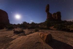 wüste nachts lizenzfrei
